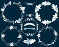 Satz Winterkränze, -lorbeer und -fahnen lizenzfreie abbildung