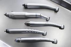 Satz zahnmedizinische handpieces ohne burs Ebenenlage stockfoto