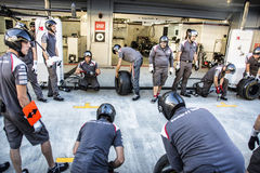 Sauber F1 Team. Mechanics. Readiness. Sochi, Russia -9 November 2014 : Formula One, Russian Grand Prix,  Sochi autodrom , 16 stage Royalty Free Stock Photos