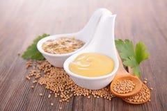 Sauce à moutarde Photo stock