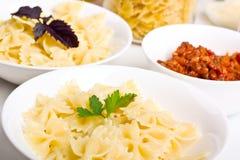 sauce à pâtes bolonaise de guindineaux Images libres de droits