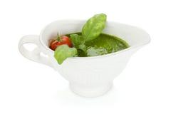 Sauce à pesto et tomate-cerise image stock