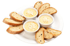 Sauce avec du fromage et le pain Images libres de droits