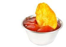 Sauce-boat e patatine fritte fritte Immagine Stock Libera da Diritti