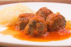 Sauce de boulette de viande et tomate photographie stock