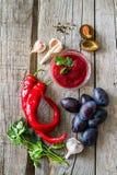 Sauce et ingrédients à Tkemali Images libres de droits