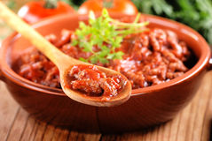Sauce à viande dans la cuvette Photos libres de droits