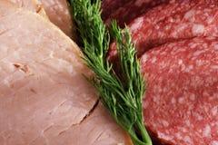 Saucisse, jambon et aneth vert Images stock