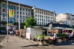 Saucisse Naschmarkt à Vienne Images stock