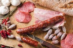 Saucisses et poivrons de piment Photo stock