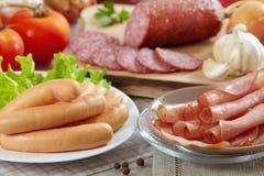 Saucisses et viande Photographie stock libre de droits