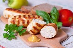 Saucisses faites maison de poulet grillées Photographie stock