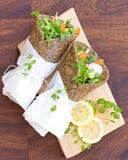 Saudável, a grão livra, envoltórios do vegetal Fotos de Stock Royalty Free