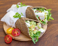 Saudável, a grão livra, envoltórios do vegetal Foto de Stock