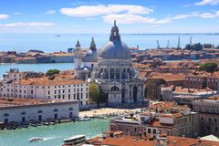 A saudação do della de Santa Maria da basílica em Veneza fotos de stock royalty free