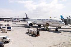 Saudi Arabian Airlinesat på Los Angeles den internationella flygplatsen USA Arkivbild