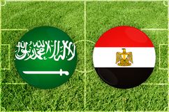 Saudi-Arabien gegen Ägypten-Fußballspiel Lizenzfreies Stockbild