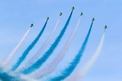 Saudi feilbietet Aerobatic Team Display Stockfotos