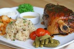 sauerkraut κρέατος τελών Στοκ Εικόνες