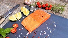 Saumons de couleur rouge photos stock