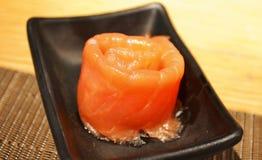 saumons de roulis fumés Photo stock