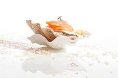 Saumons. Fond culinaire de fruits de mer. photographie stock
