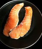 Saumons frais à cuire sains Images stock