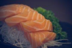 Saumons japonais de sashimi de nourriture Photographie stock libre de droits