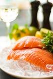 Saumons sur la glace Photographie stock libre de droits