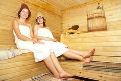 sauna сидит женщины Стоковые Фото