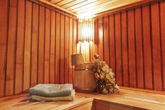 Sauna con los accesorios listos para lavarse Fotos de archivo libres de regalías
