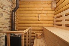 Sauna de rondin l 39 int rieur photo libre de droits for Fabrication sauna interieur