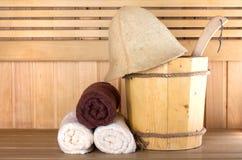 Sauna en bois traditionnel pour la relaxation photographie stock