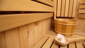 Sauna, fim acima dos acessórios vídeos de arquivo