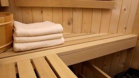 Sauna finlandese video d archivio