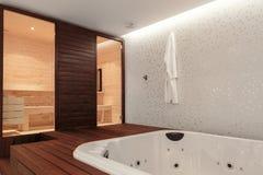 Sauna y bañera del Jacuzzi Fotografía de archivo