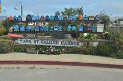 Sausalito浮动议院的美丽如画的邮箱在旧金山附近的 免版税库存照片