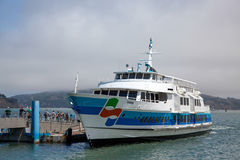 SAUSALITO, CALIFORNIA/USA - AUGUST 6 : Ferry from Sausalito to S Stock Photography