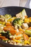 Sauté de tofu avec des légumes Image stock