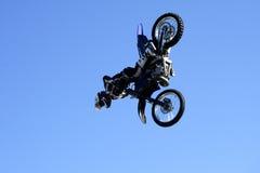 Saut de motocross Photo libre de droits