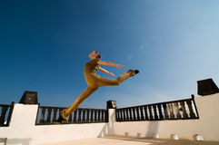 Saut du danseur de yoga Photo stock