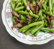 Saute green bean with beef Royalty Free Stock Photos