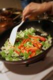 Sauteeing Gemüse Lizenzfreies Stockfoto