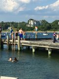 Sauter de dock Photos stock