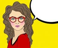 Sautez Art Woman avec les verres et le signe rouges de bulle de la parole Illustration de bande dessinée de vecteur Images libres de droits
