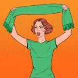 Sautez Art Woman Soccer Fan avec l'écharpe de son équipe préférée Défenseur du football Image libre de droits