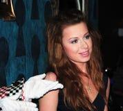 Sautez le chanteur Yulia Savicheva à la première d'Ali Image libre de droits