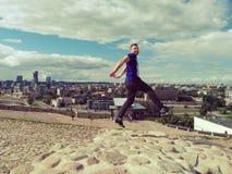 Sautez par-dessus Vilnius Photos stock