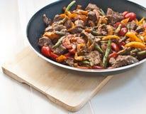 Sautiertes Fleisch und Gemüse Lizenzfreies Stockbild