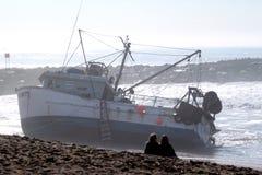 Sauvetage de bateau de pêche Photo stock